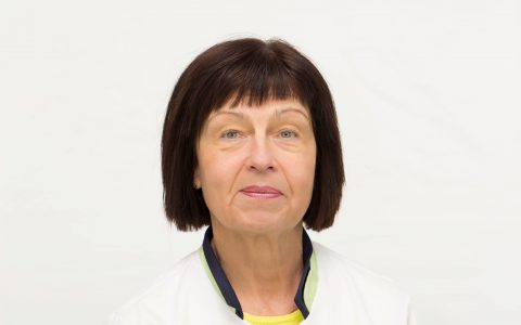 Dr. Lea Gustavson